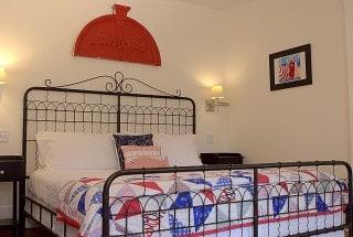 Room1-1-Bedroom_aIMG_7266