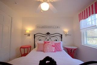 Room3-1-Bedroom_IMG_7283